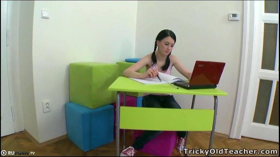 Сьарый учител порно фото 396-222