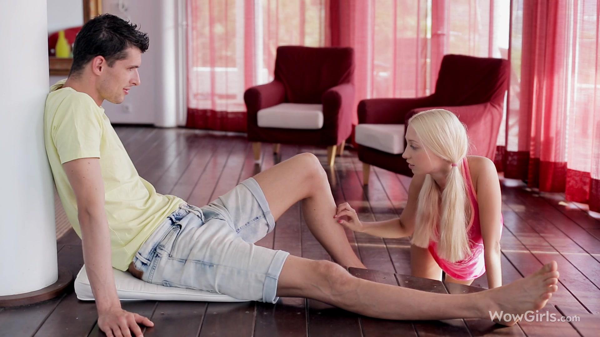 Порно с блондинками с упругими титьками фото 581-842