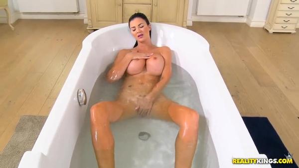 порно в ванне в хорошем качестве фото