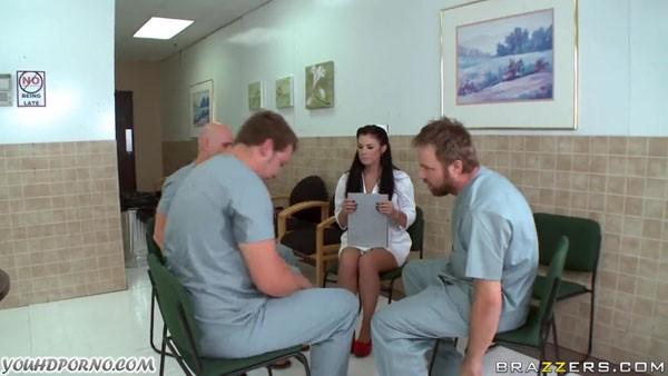 Порно врачи и медсестры